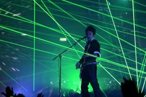 """Статья из """"РБК daily"""" о московских гастролях Muse в 2011 году"""